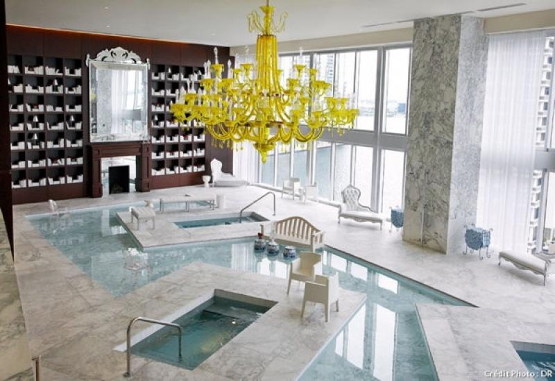 Marbre blanc dans le spa du Viceroy Hôtel à Miami