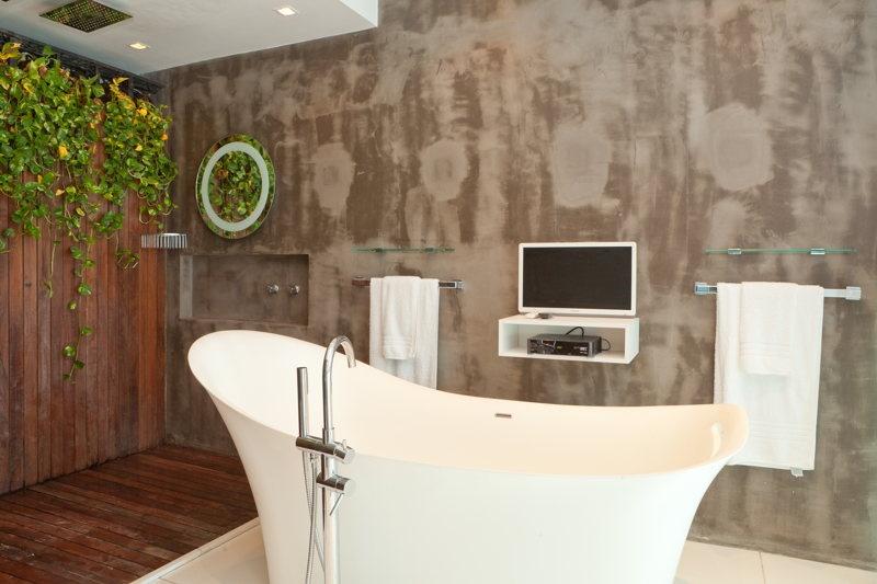 Dans la salle de bain moderne Copyrights: WhereInRio