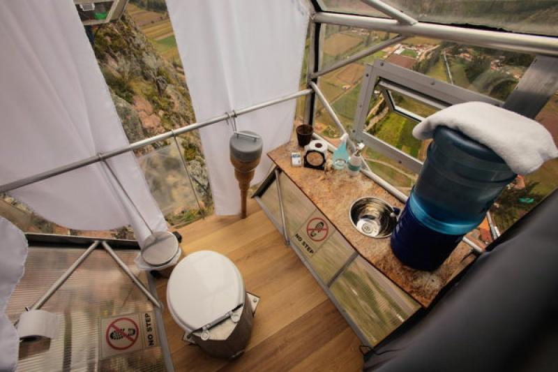 La salle de bains privative attenante dans le skylodge