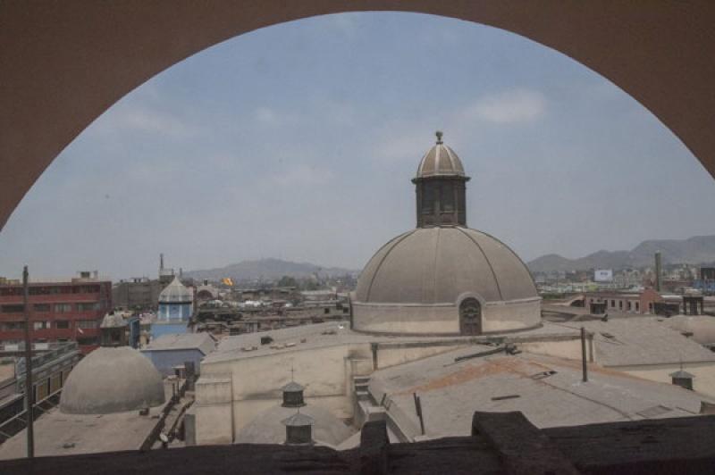 En haut d'une forteresse à Lima