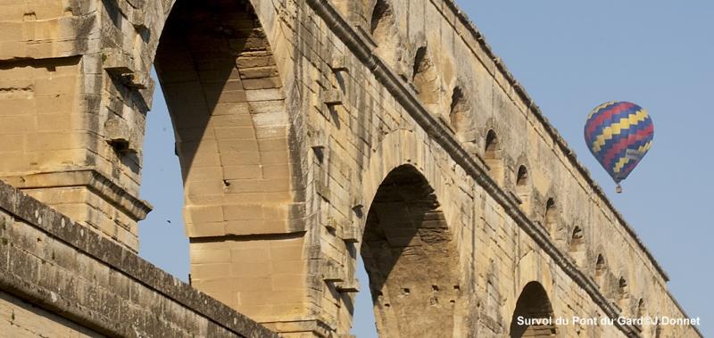 Au dessus du Pont du Gard en montgolfière