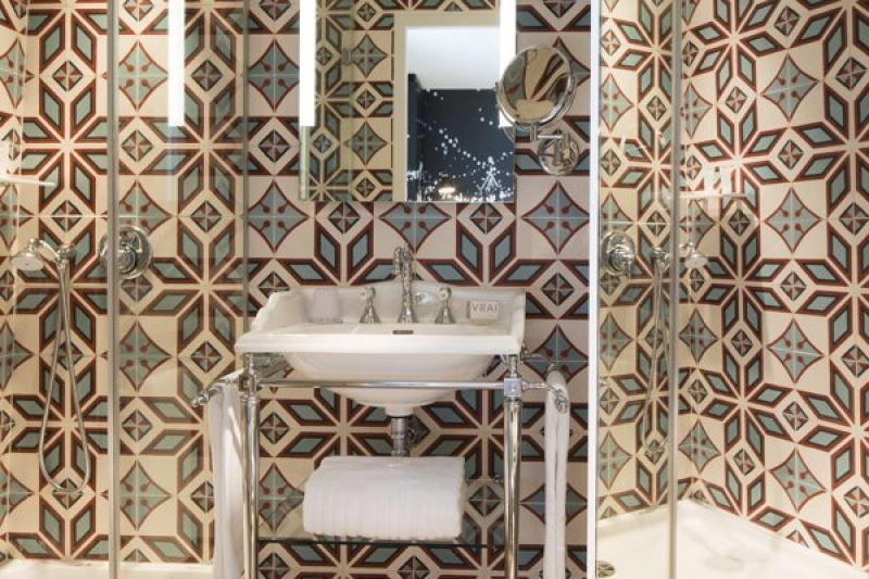 Dans la salle de bain - L'hôtel L'Antoine à Paris