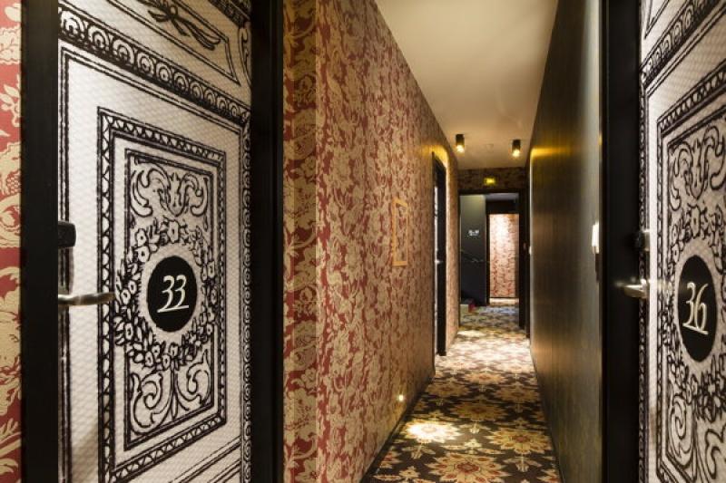 Couloir - L'hôtel L'Antoine à Paris