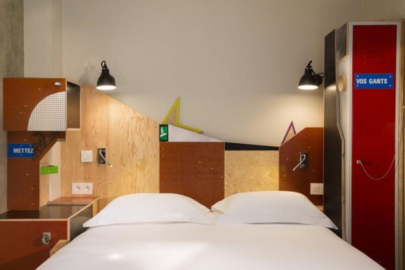 Univers spécial - L'hôtel L'Antoine à Paris