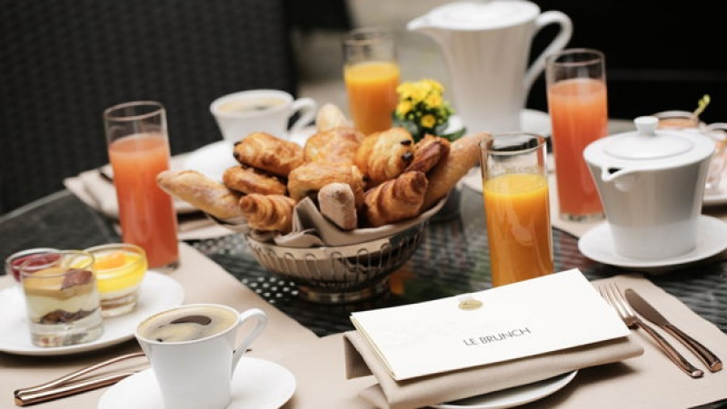 Un brunch - Vraymonde, le restaurant du Buddha Bar Hotel à Paris
