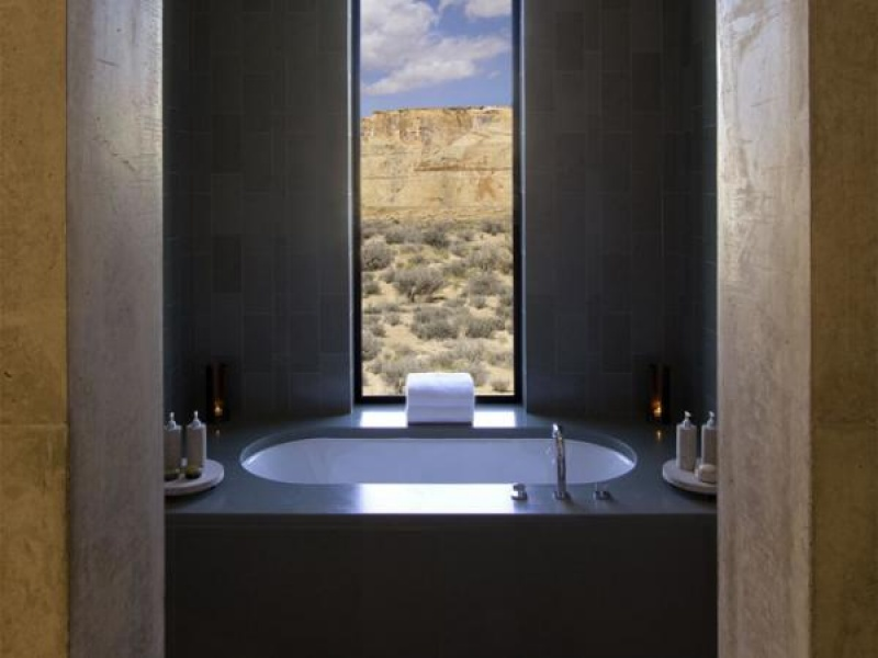 Salle de bain avec vue - Amangiri hôtel - Etats-Unis -désert