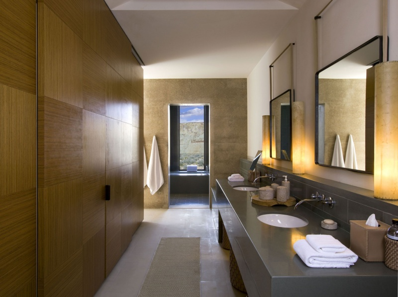 Salle de bain dans la suite - Amangiri hôtel aux Etats-Unis