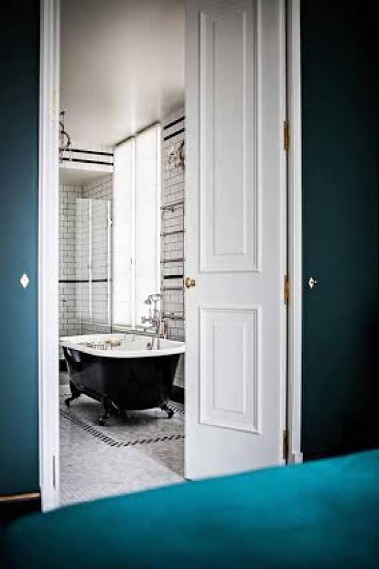 Salle de bain - L'hôtel Providence à Paris