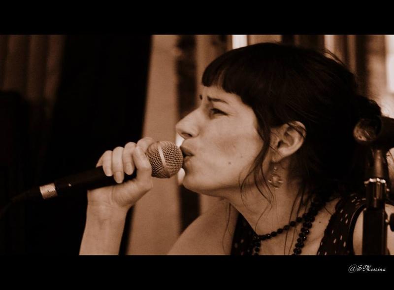 Chanteuse à Bordeaux